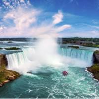 Niagara's incredible Horseshoe Falls | © Destination Ontario