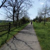 Cycling on the Niagara River Recreation Trail | Nathalie Gauthier